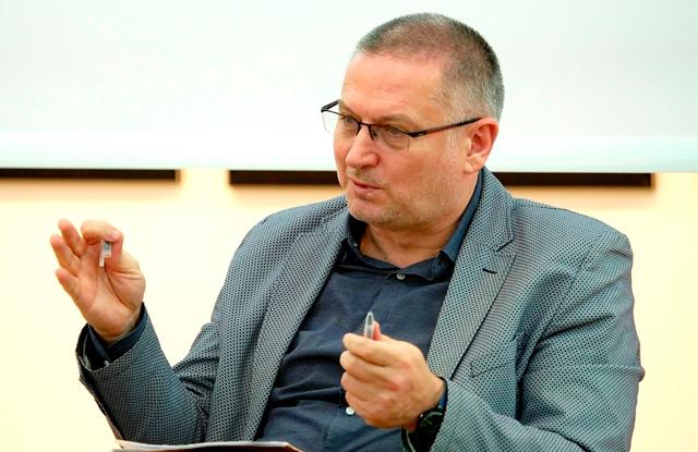 Георги Господинов е ментор в конкурс за писане на пиеси