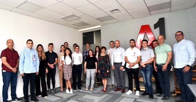 А1 приветства 16 студенти в своята Лятна академия