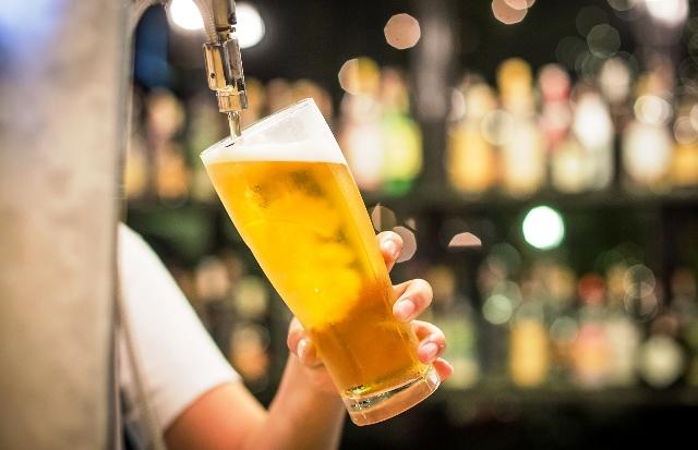 Разчитат ДНК на микроорганизмите в бирата