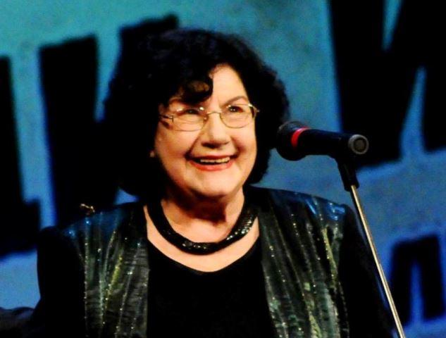 Почина Виолета Бахчеванова