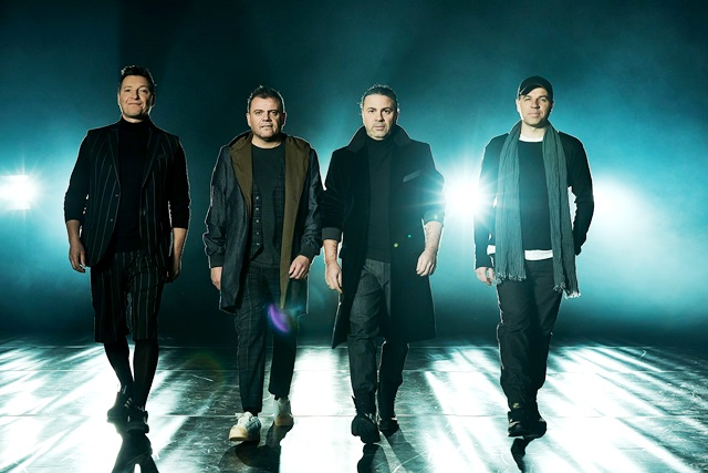 Б.Т.Р. с премиера на 13-и албум на 13 октомври