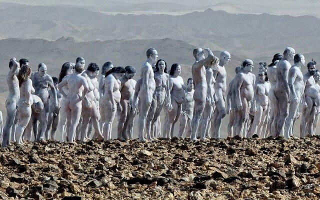 200 голи спасяват Мъртво море