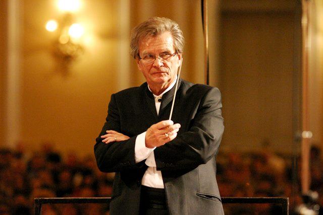 Владимир Федосеев дирижира Софийската филхармония